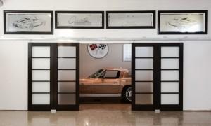 1 Corvette in Garage